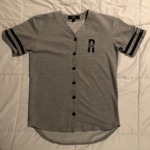 Grey and black Young & Reckless jersey